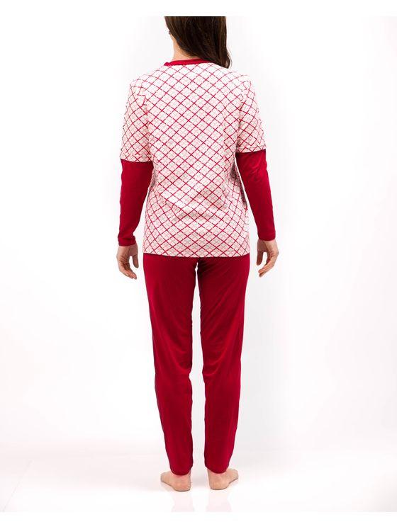 Класическа дамска пижама 2035 на модел отзад